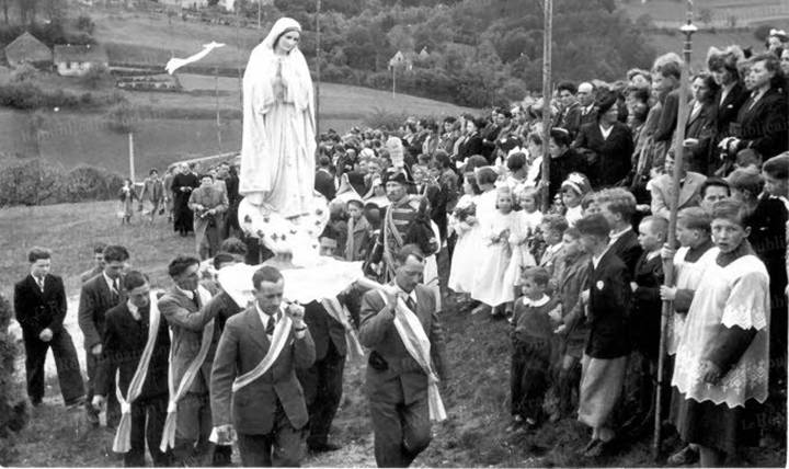 Je pars à Fatima Procession